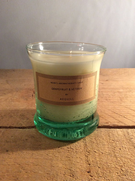 AEQUILL Grapefruit & Vetiver Scented Candle