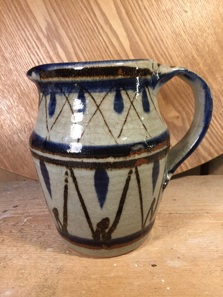 Hand paint water jug
