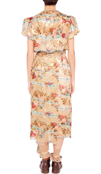 Camel Barbed Wire Bouquet Ima Dress