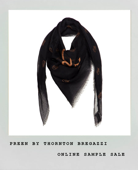 EXCLUSIVE LARGE BLACK DIAMOND SCARF