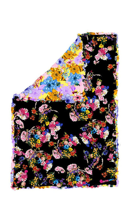 LARGE BLACK FLORAL SKULL QUILTED EIDERDOWN