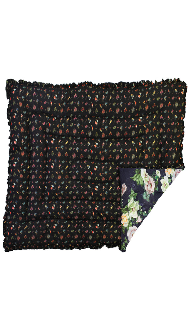 LARGE BLACK LOTUS FLOWER & BLACK WOVEN FLORAL QUILTED EIDERDOWN