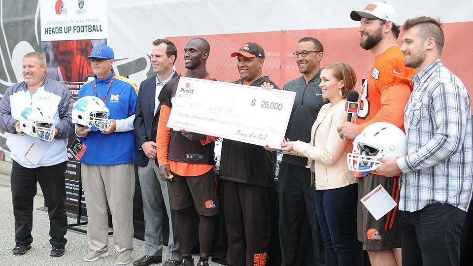 Xenith partners with Cleveland Browns HELMETS Program to donate over $500,000 in top rated helmets