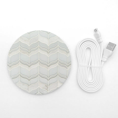Vintage design pattern wireless charger