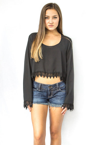 Show Me Your MuMu Chapell Top Black