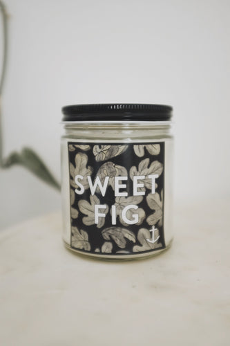 Candle + Matchbox Set in Sweet Fig