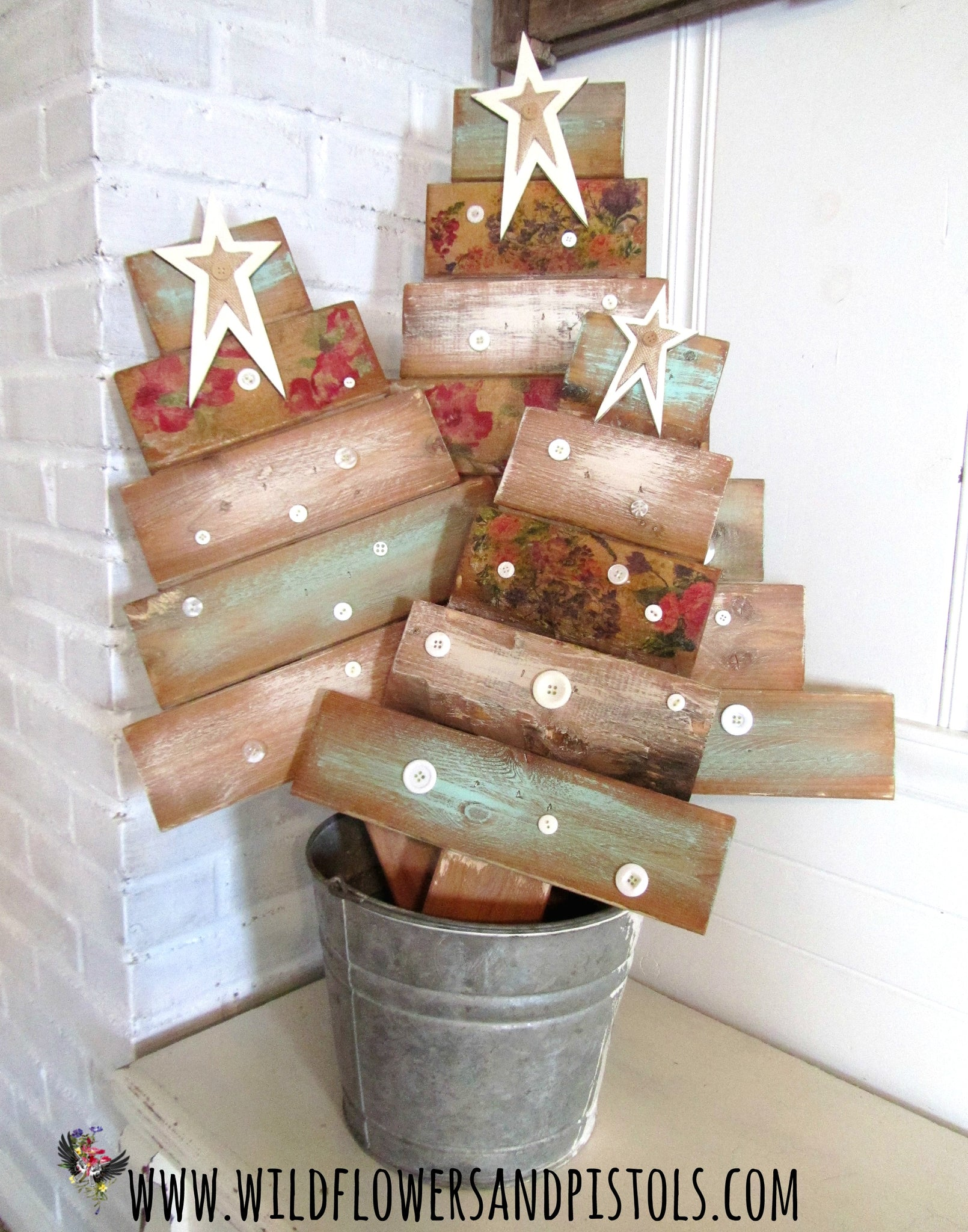 Pallet Wood Christmas Trees Wildflowers Pistols