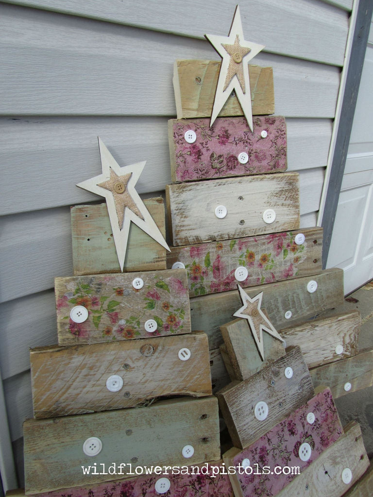 Wooden craft christmas trees - Pallet Wood Christmas Trees