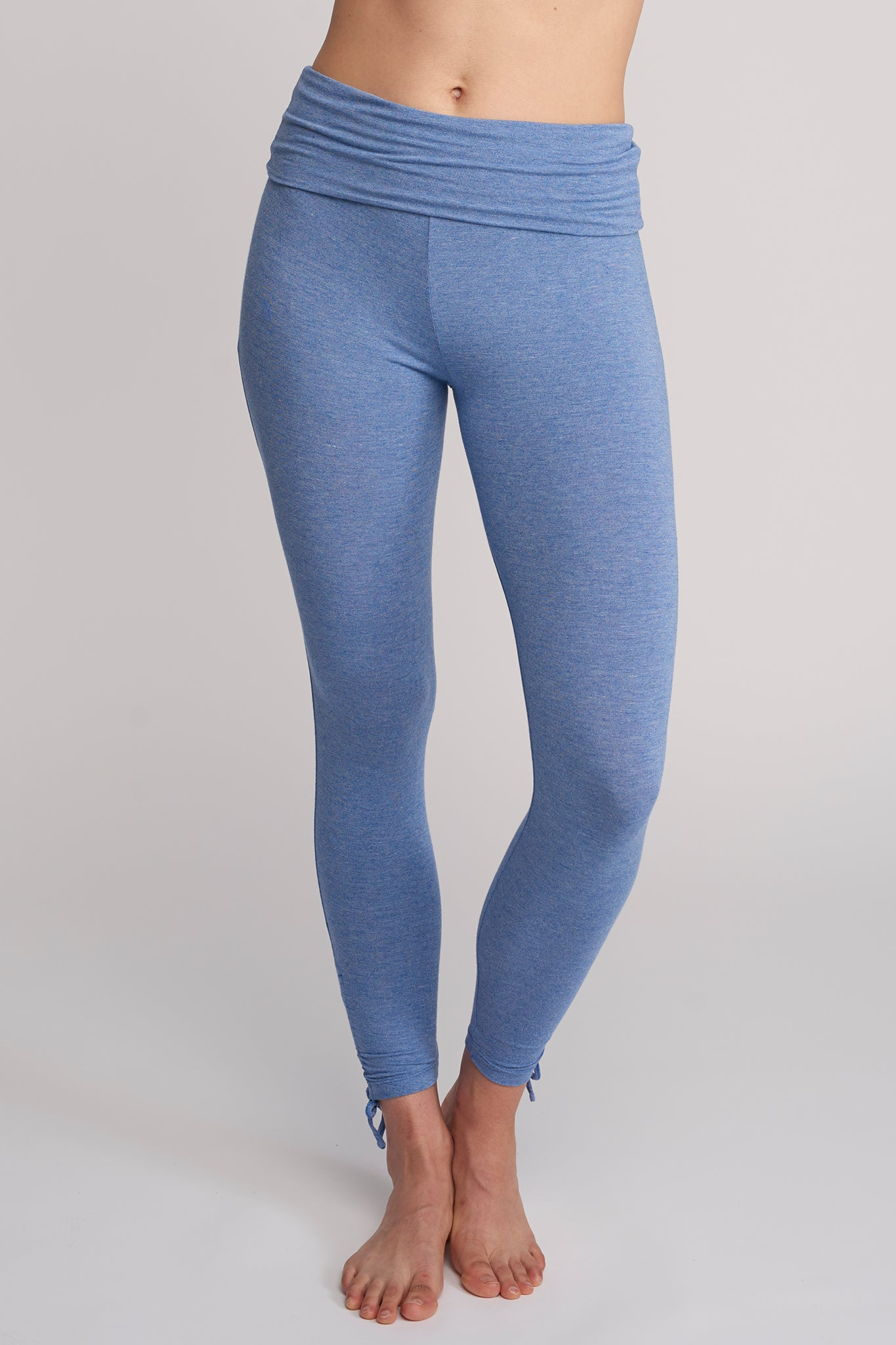 Side-shirring Legging
