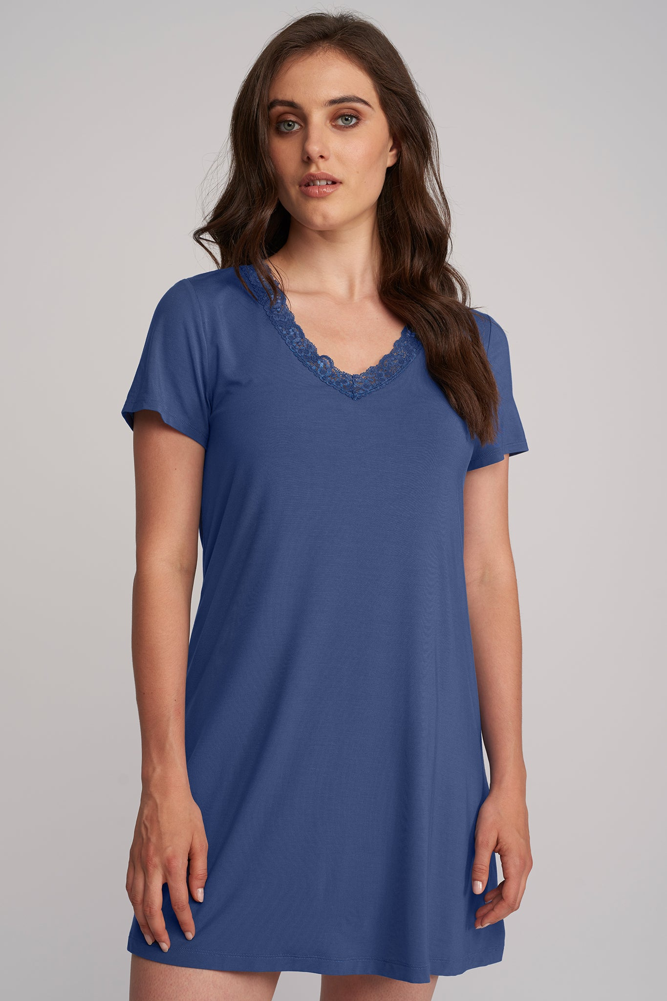 Short-sleeve Nightshirt