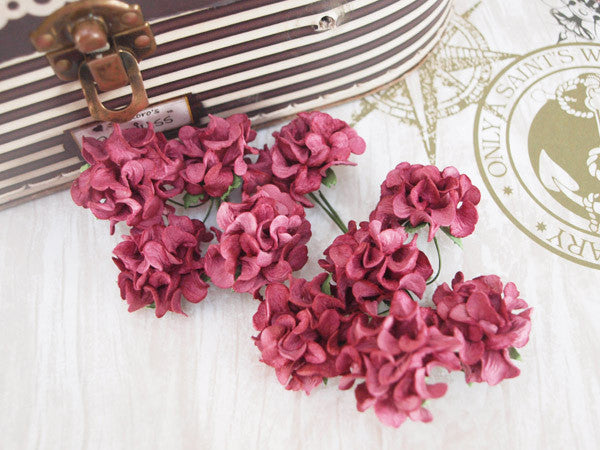 Frilly roses - Beetroot - Shop and Crop Scrapbooking