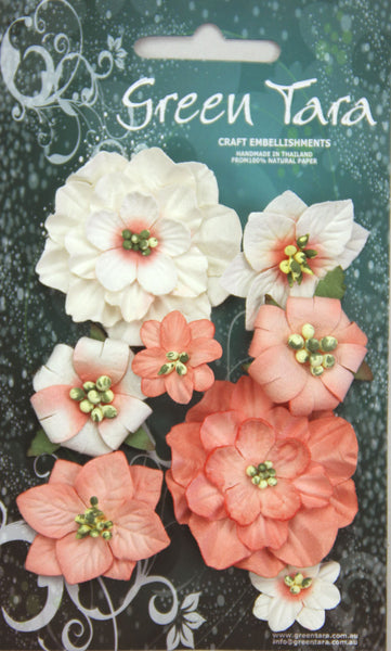 PEACH  Fantasy Blooms - Pack of 8 Co-ordinated Flowers