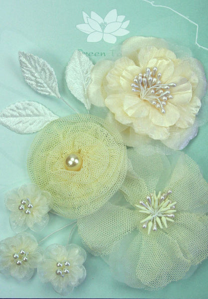 Ivory Pearl Flower Pack - Shop and Crop Scrapbooking