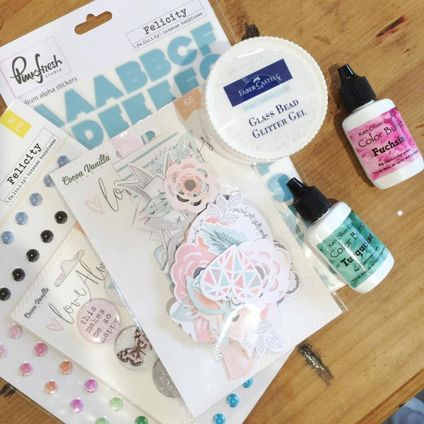 Lauren Hender's Class ....... 20th August at the Taree Crop Day - Shop and Crop Scrapbooking