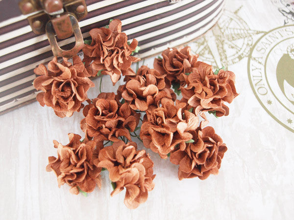 Frilly roses - Chocolate - Shop and Crop Scrapbooking