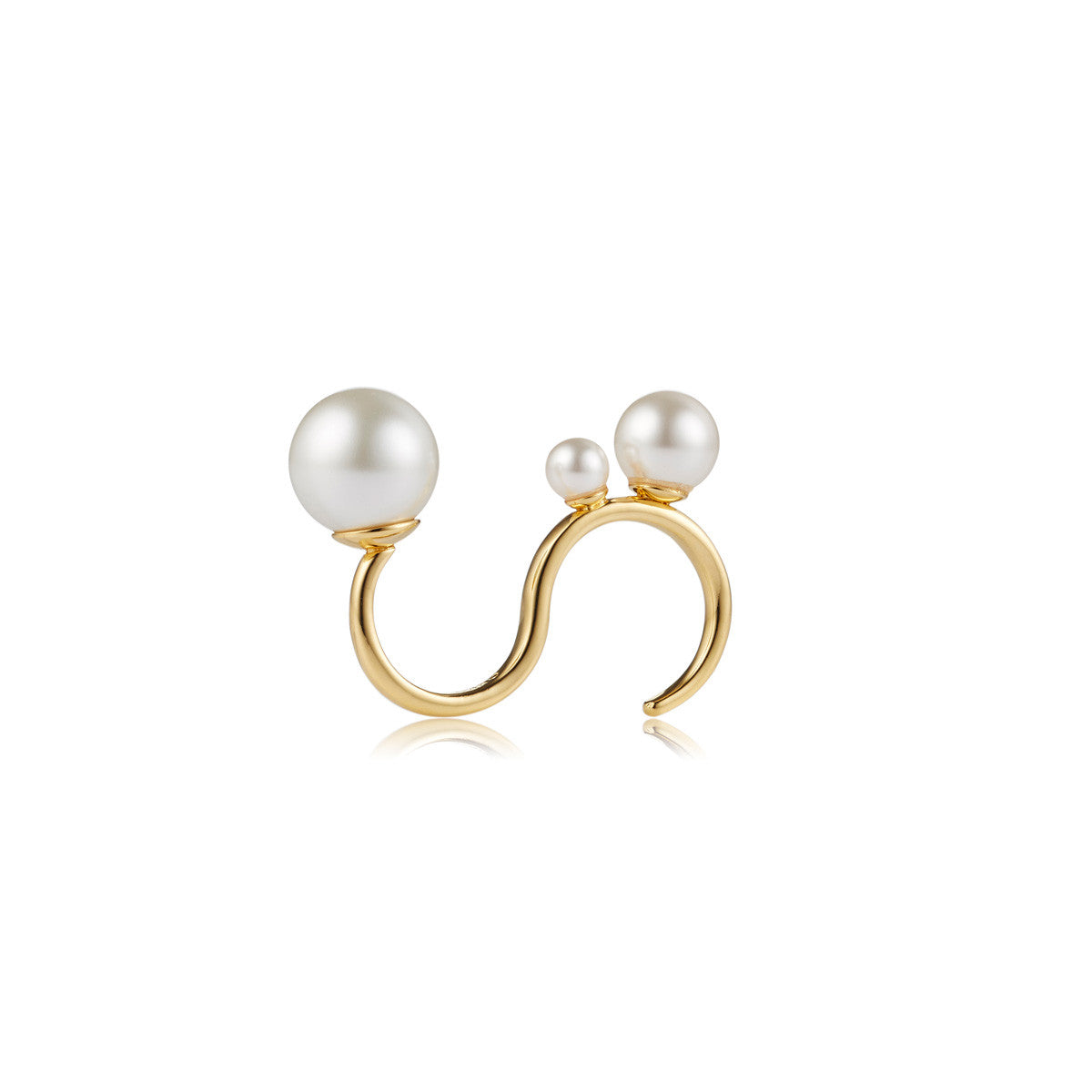 Solid brass, 18K gold plated Astrum ring with a trio of Swarovski® pearls