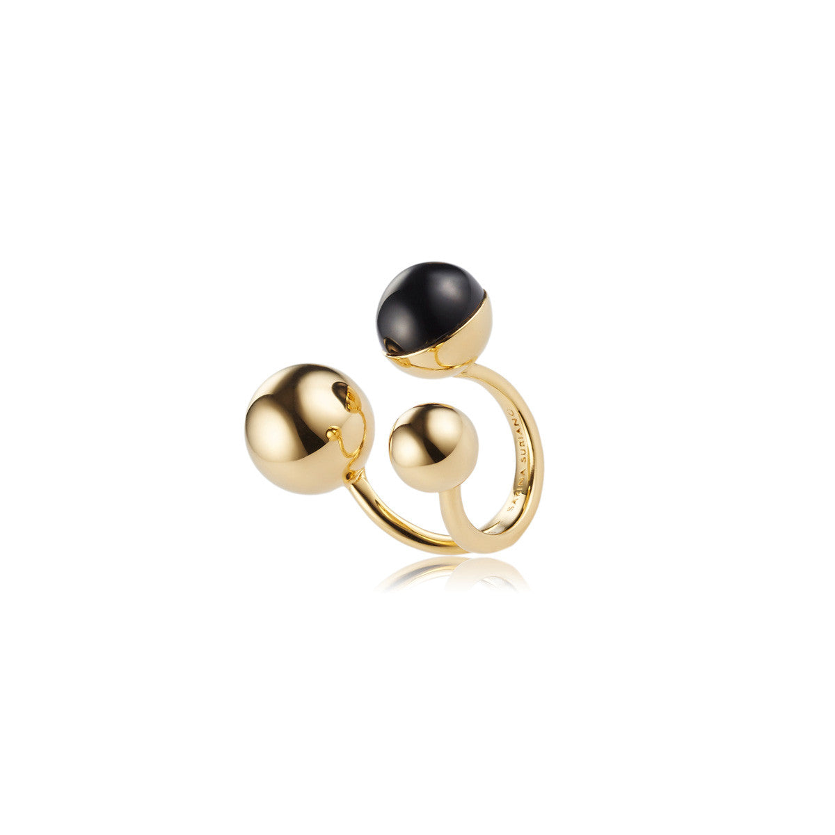 Solid brass, 18K gold plated Celestine ring topped with black onyx - side