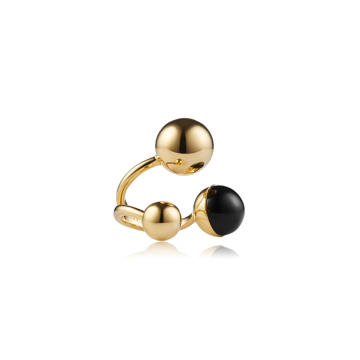 Solid brass, 18K gold plated Celestine ring topped with black onyx - front