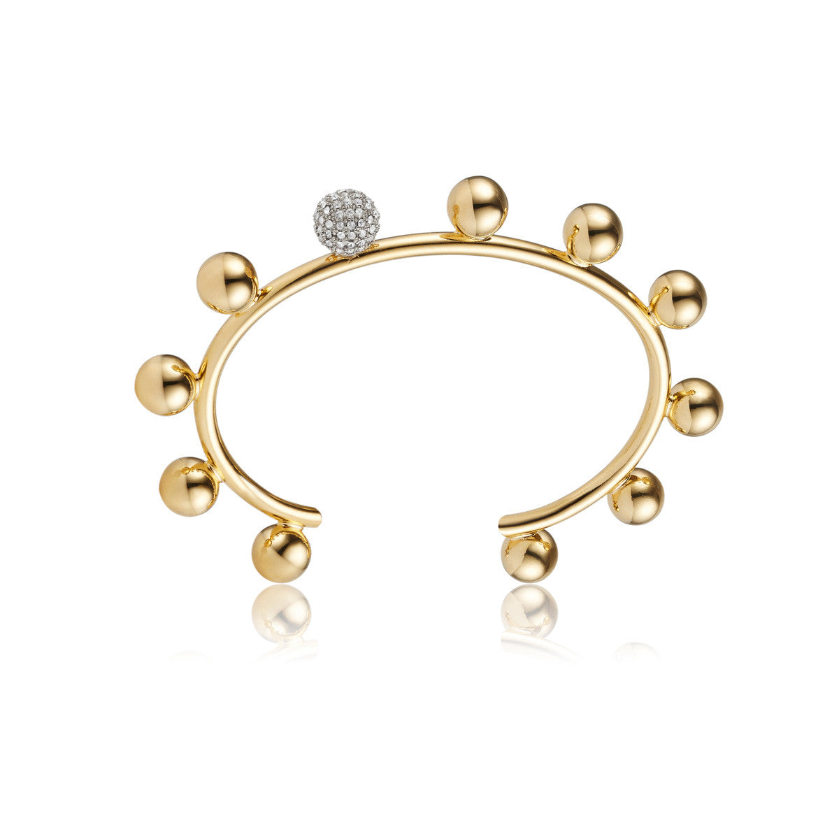Solid brass, 18K gold plated Luceat bangle topped with gleaming spheres and Swarovski® crystal pavè detailing – front