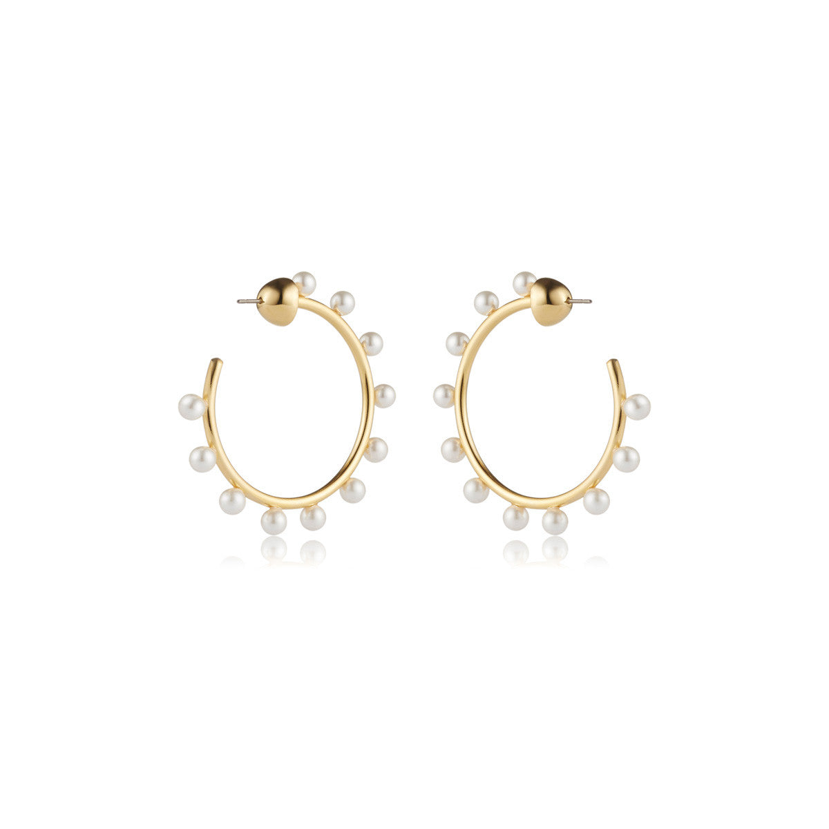 Solid brass, 18K gold plated Luceat earrings are lined with 22 lustrous Swarovski® pearls – back