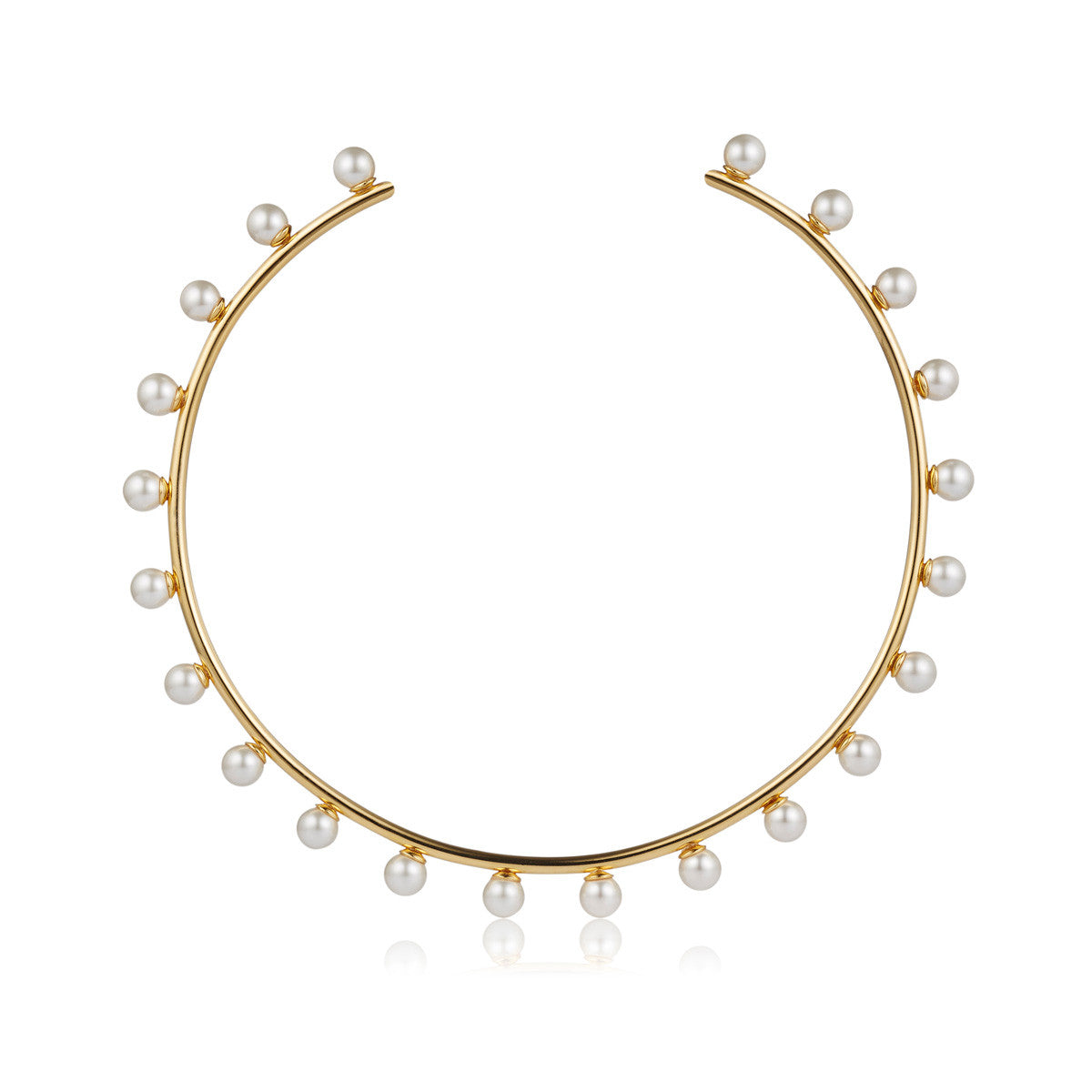 Solid brass, 18K gold plated Luceat necklace topped with 22 lustrous Swarovski® pearls – front