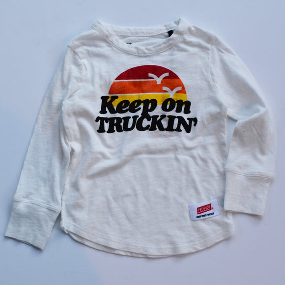 Prefresh Long Sleeve, Keep on Truckin'