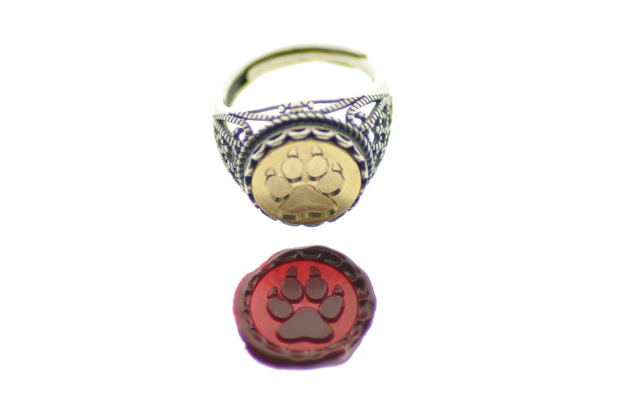 Paw Signet Ring - Backtozero