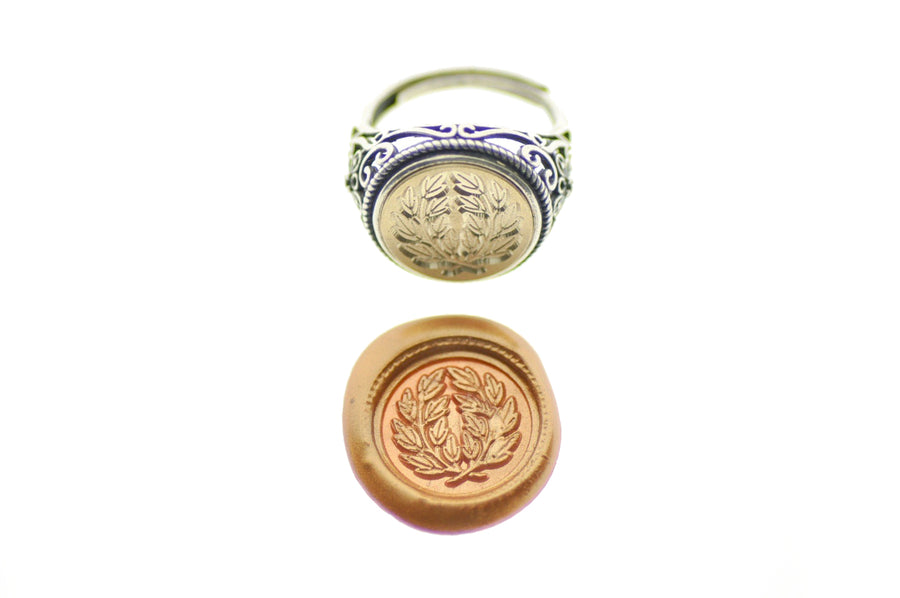 Japanese Kamon Laurel Wreath Signet Ring - Signet Ring - Backtozero