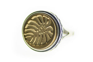 Monstera Signet Ring