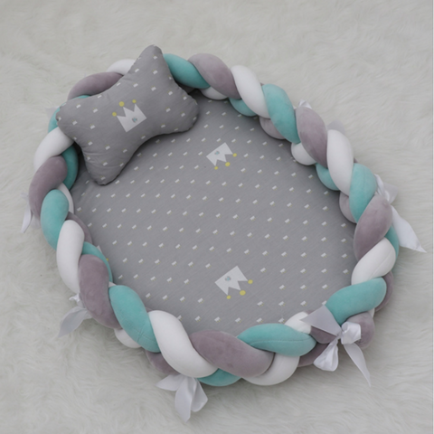 Knot Bumper Lounger - (Grey Crown with Grey, Mint, White Plaids)