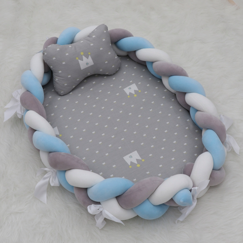Knot Bumper Lounger - (Grey Crown with Grey, Blue, White  Plaids)