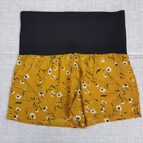 Maternity Fashion Shorts - Q002
