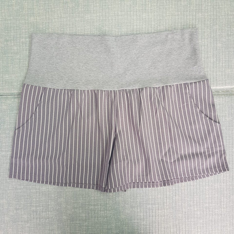 Maternity Fashion Shorts - Q010