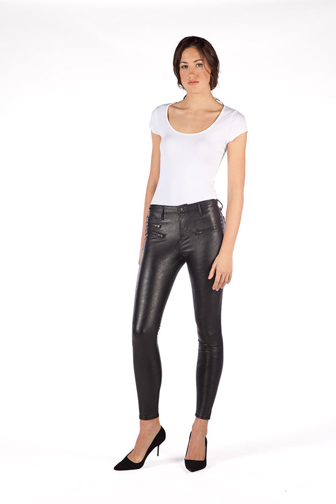 High Rise Skinny Vegan Leather w. zip details in BLACK