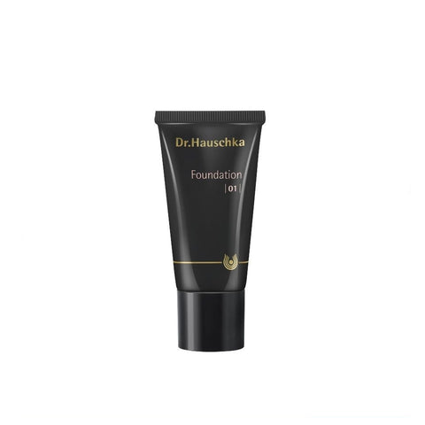 Dr. Hauschka Foundation 01 - Macadamia 1 fl oz