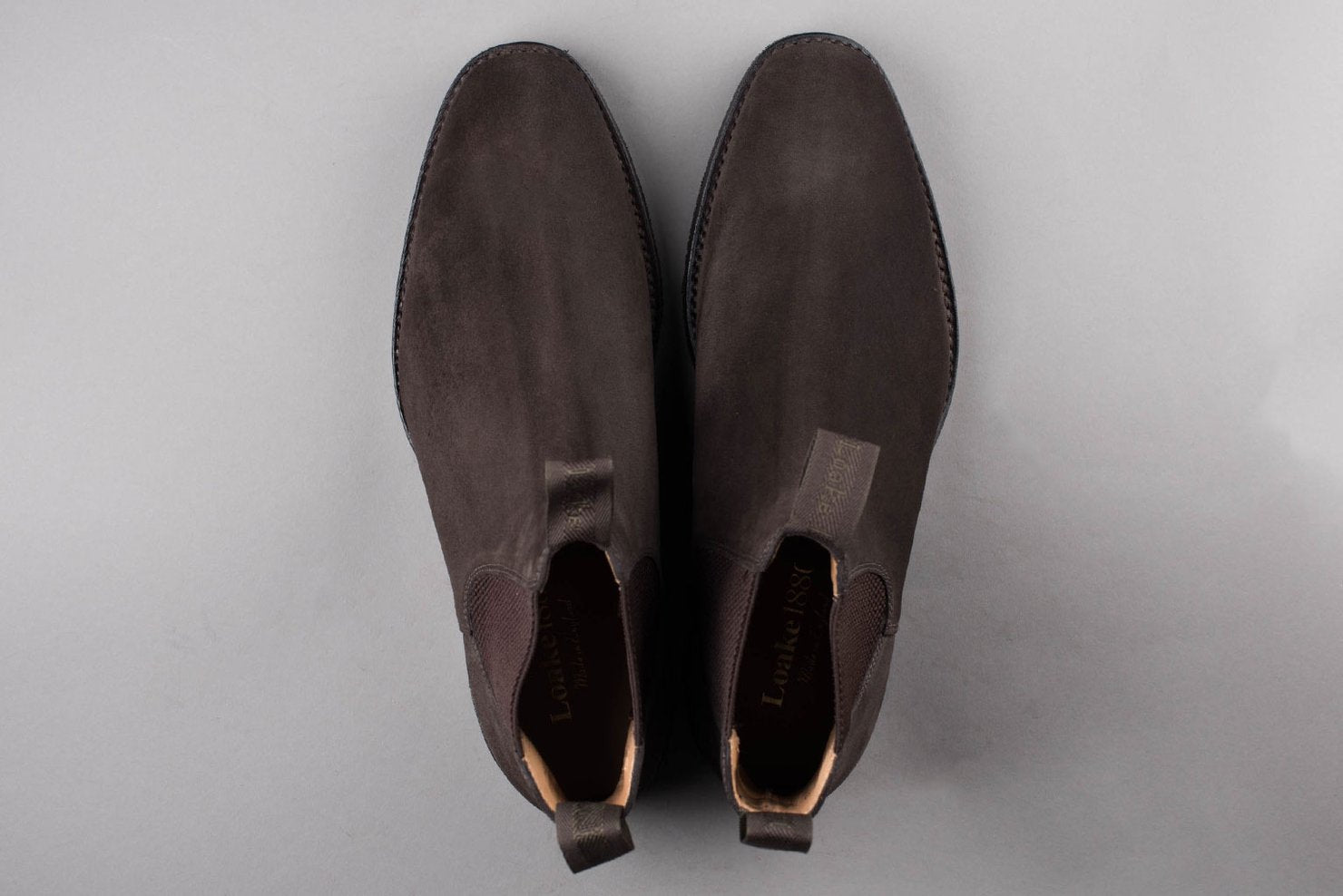 Loake - Chatsworth (Dark Brown waxed suede)