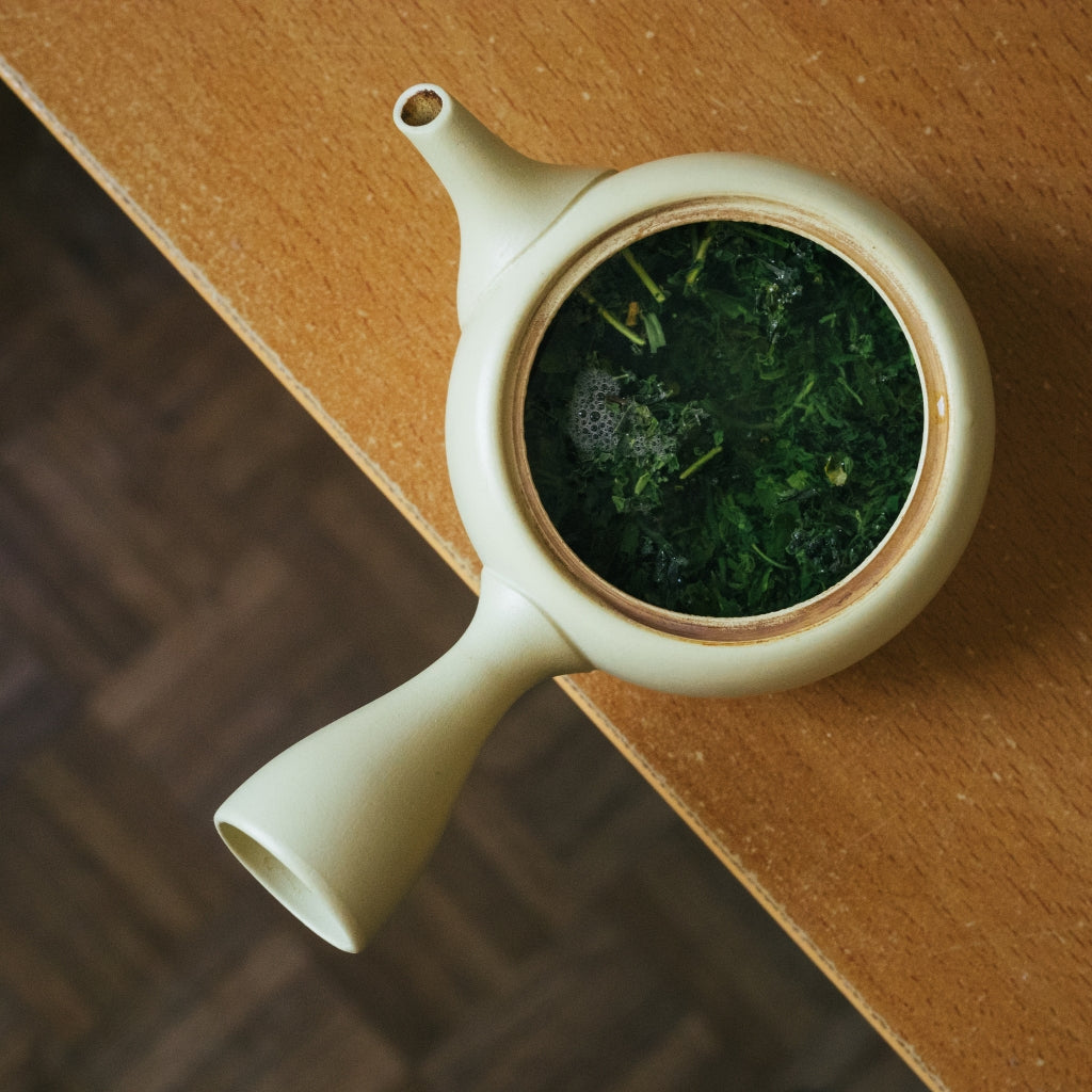 Kyusu with sencha