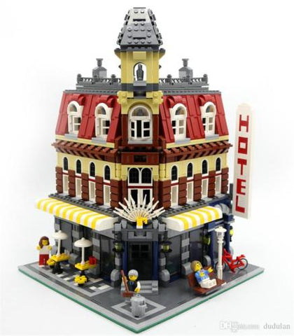 CAFE CORNER 15002 Modular Building Blocks Same as Legos City Creator 10182