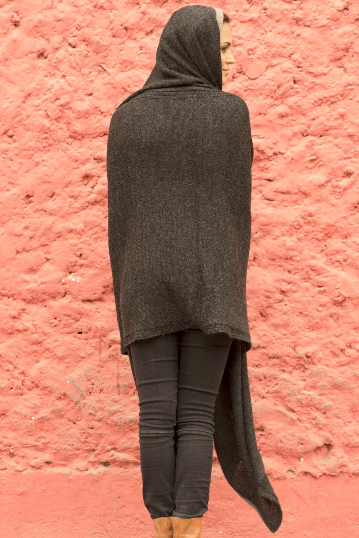 Winter Charcoal/Latte Hooded Travel Wrap