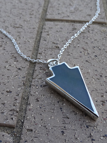 Arrow Pendant Necklace - Olive