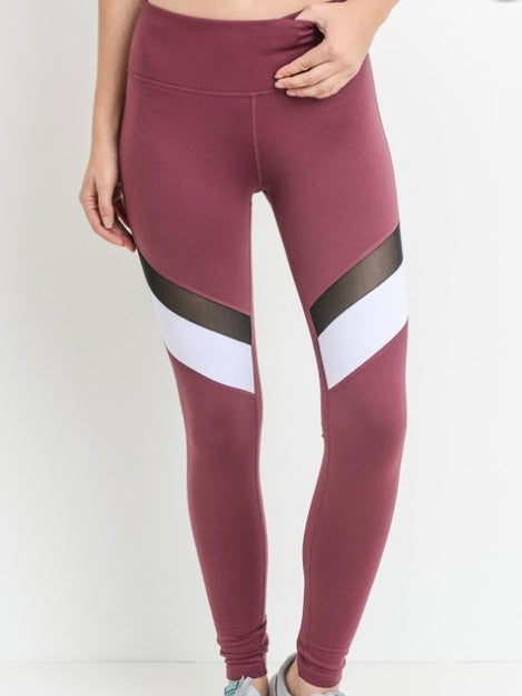 Accelerate Workout Leggings  - Plum