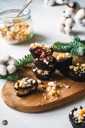 SUPER EASY, SUPER QUICK + SUPER RICH HOLIDAY CHOCOLATE BONBONS