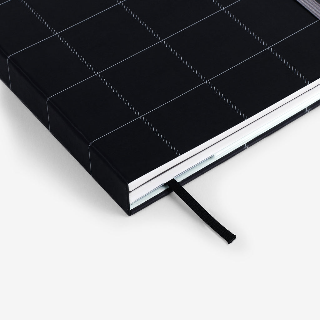 Black Plaid Twinbook