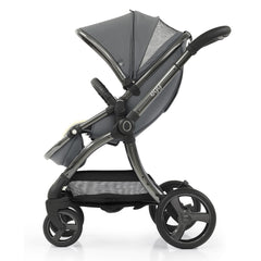 egg2 Luxury Bundle (Jurassic Grey) - showing the ventilation panel/viewing window in the stroller`s hood