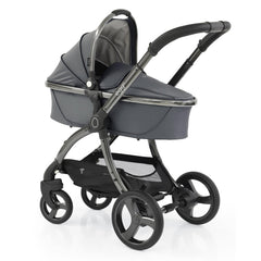 egg2 Luxury Bundle (Jurassic Grey) - showing the carrycot and chassis together as the pram