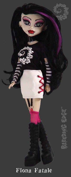Fiona Fatale BeGoth Bleeding Edge Doll