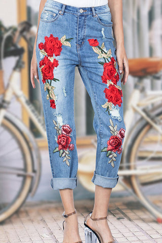 Embroidered Ripped Holes Roll-up Jeans