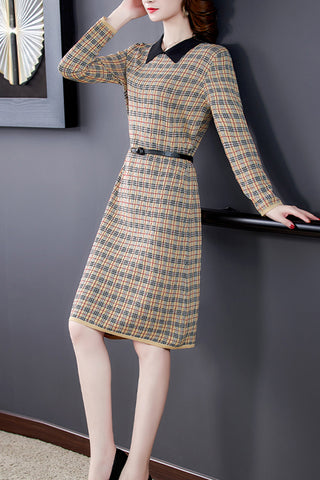 Long-Sleeve-Plaid-Midi-Dress-With-Belt