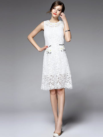 Sleeveless Emb. Lace Dress in White