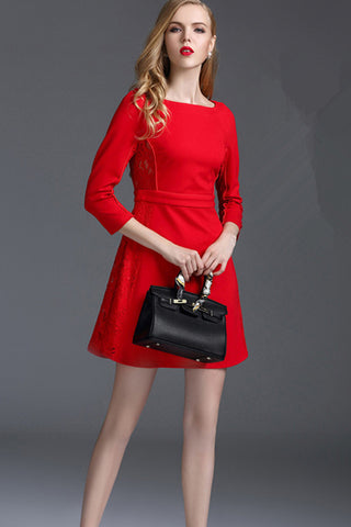 3/4 Sleeve Contrast Lace and Strech Knitted Sheath Dress